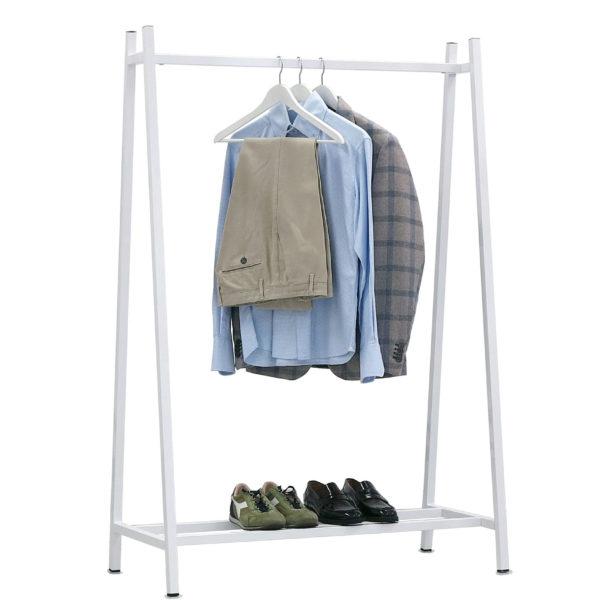 ART 680 c vestiti